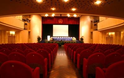 Manifesto stagione teatrale a Rimini