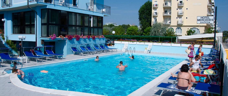 Hotel con piscina riscaldata a misano adriatico hotel - Hotel misano adriatico con piscina ...