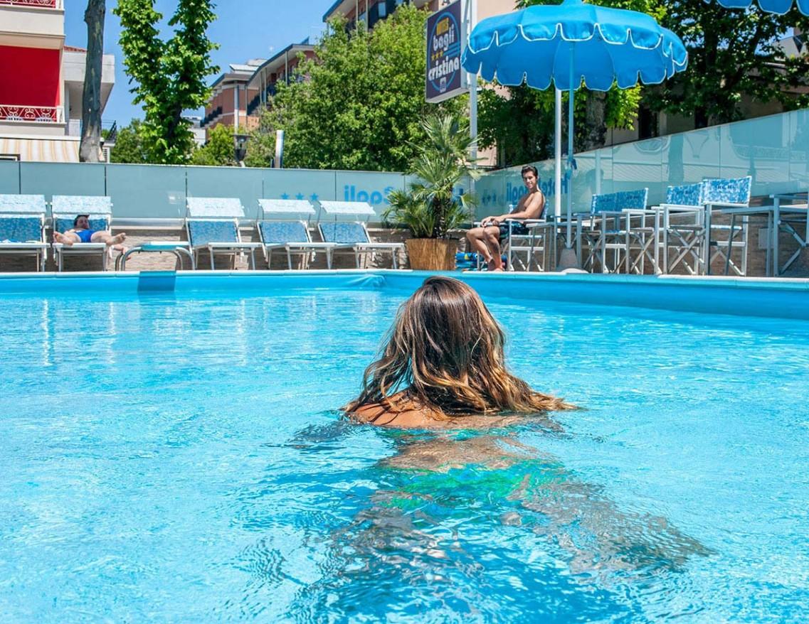 Hotels bagli e cristina a rivazzurra di rimini con piscina - Hotel rivazzurra con piscina ...