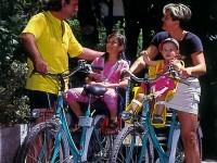 Le bici del Donegal con seggiolini di sicurezza.