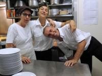 Pina, Giulia e...Fabio<br>l'avevo detto che è dappertutto!