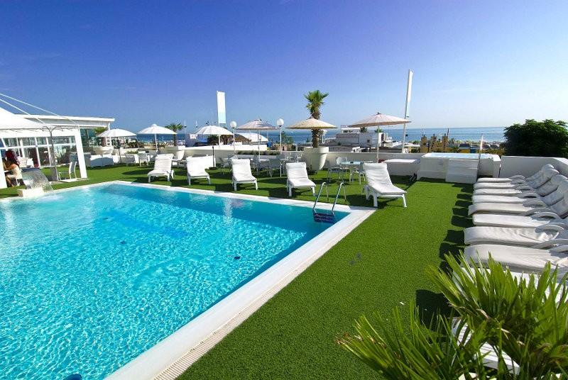 Hotel mediterraneo 4 stelle riccione prezzi 2014 e - Hotel con piscina a riccione ...