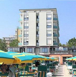 Hotel spiaggia a gatteo mare offerte prezzi 2016 e foto for Gardini per arredare gatteo fc