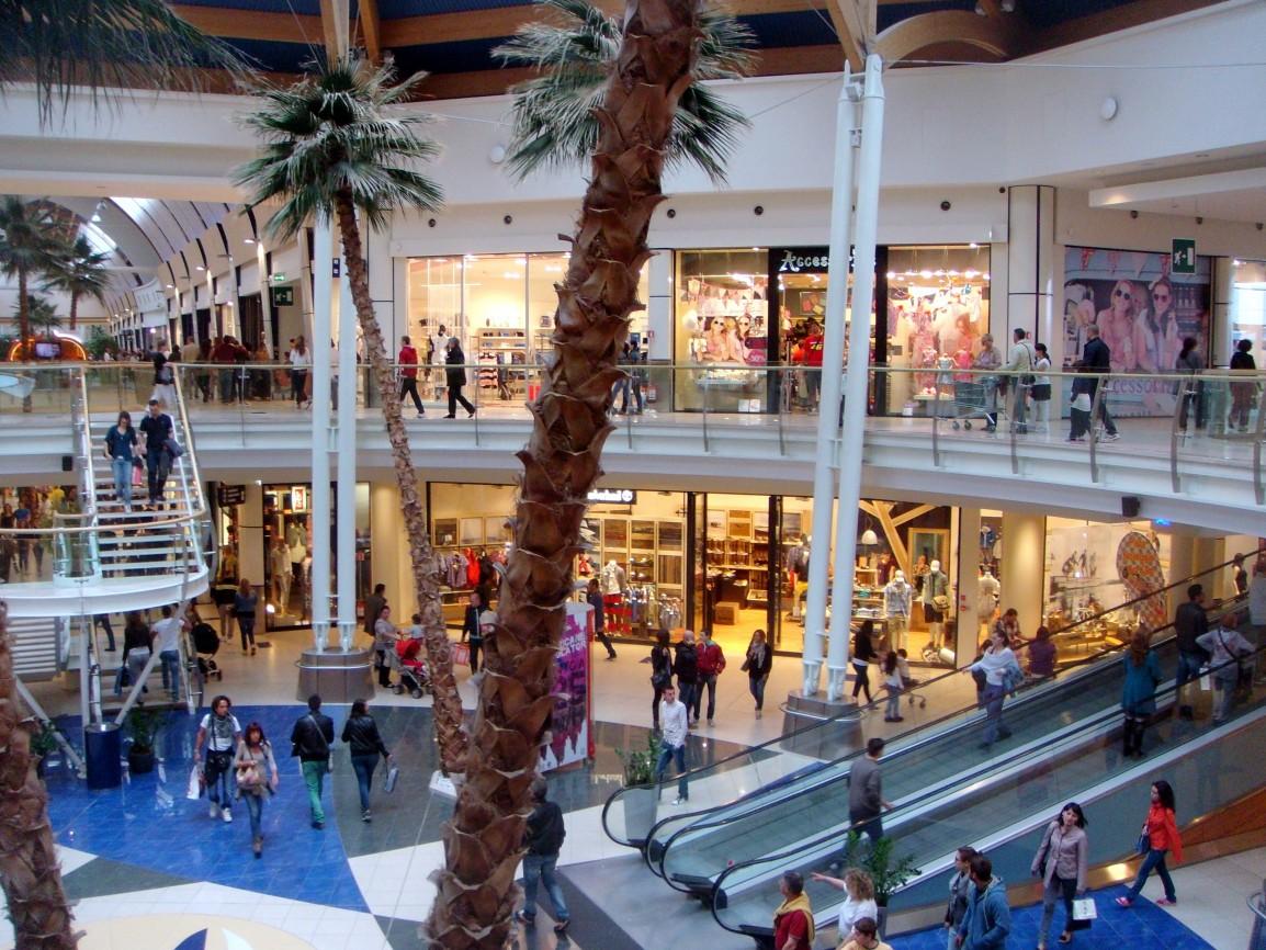 Le Befane di Rimini, il centro commerciale sempre aperto
