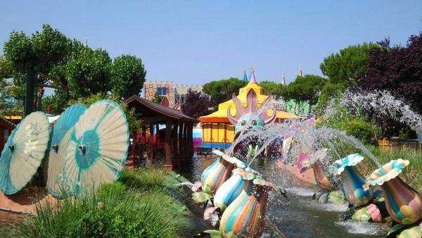 Le 25 avril, la mer: gratuitement les enfants et le parc inclus