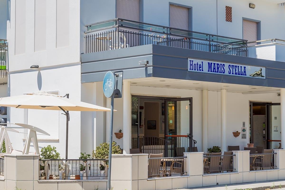 Hotel 2 stelle Riccione ** Hotel Maris Stella - Sito Ufficiale