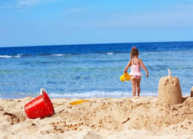 Giocare a spiaggia libera